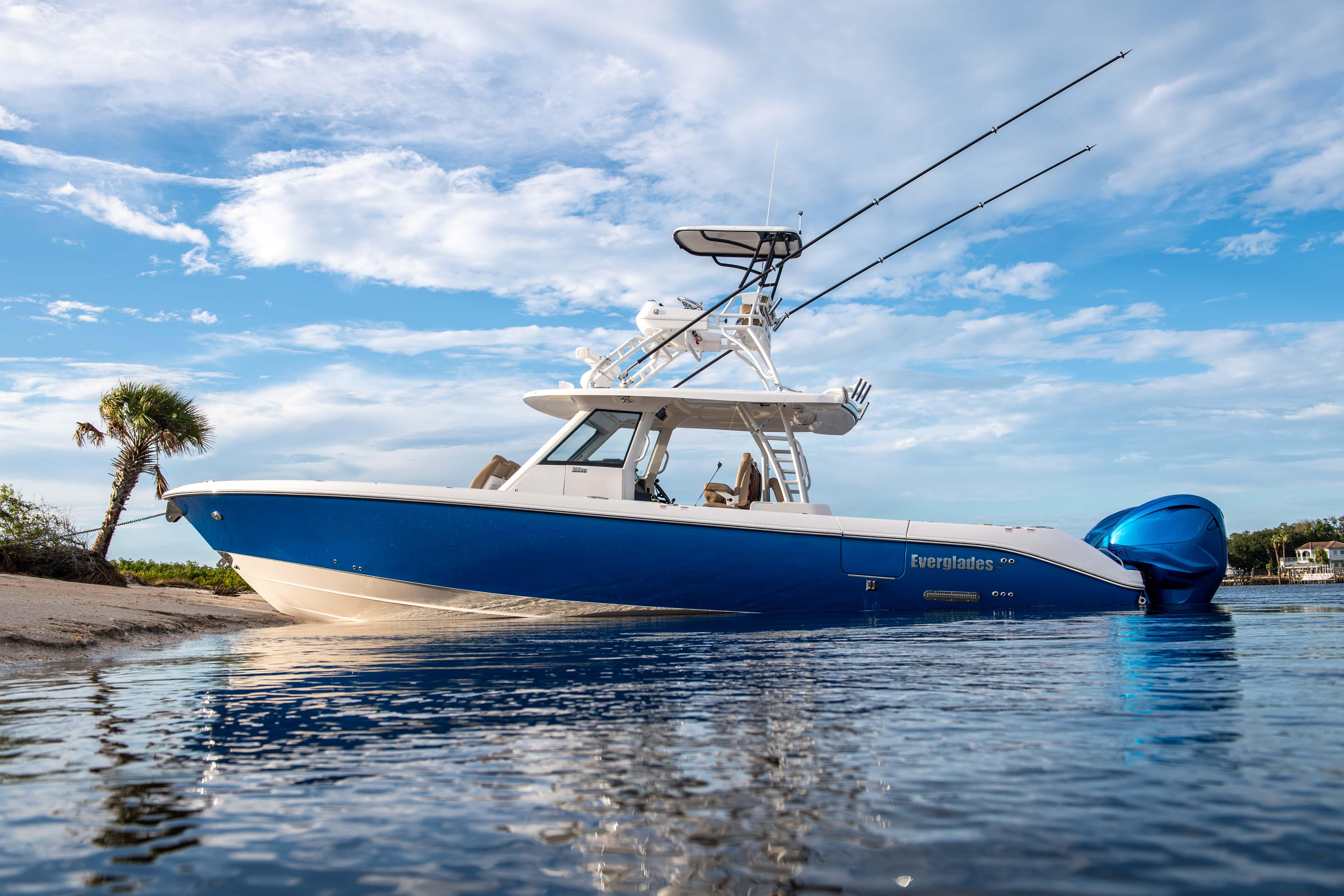 Image shows new Everglades 395cc